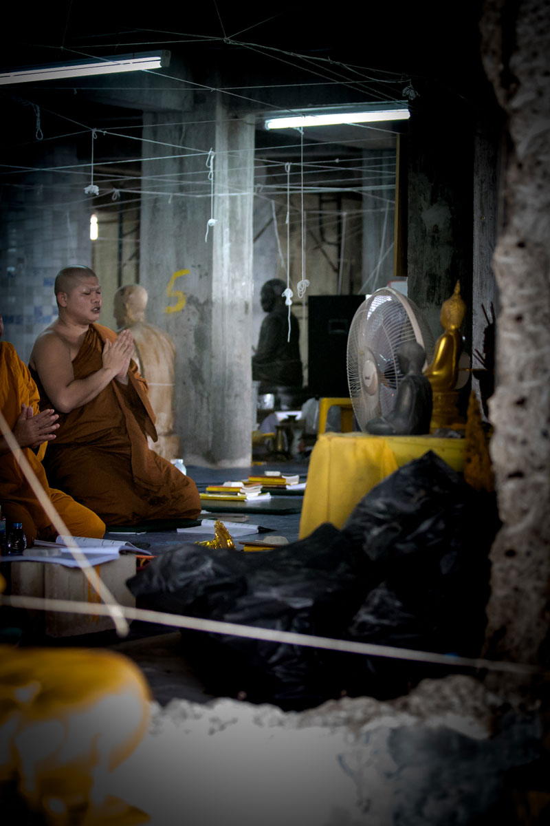 Betender Mönch – Phuket Thailand
