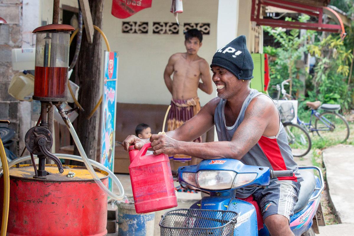 Tankender in Thailand Koh Lanta